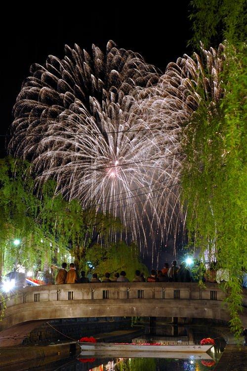 http://photo.kinosaki2.net/hanabi/2342.html