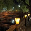 湯流れ万灯の灯篭