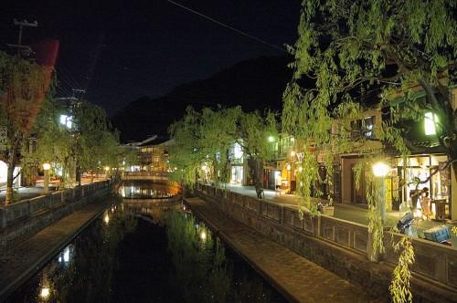 http://photo.kinosaki2.net/yanagi/1331.html