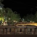 夜の王橋と太鼓橋