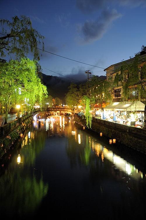 http://photo.kinosaki2.net/night/1204.html